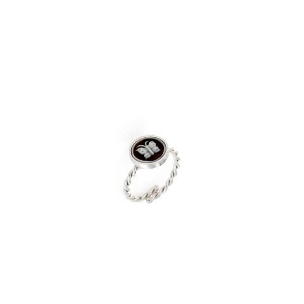 Anello in argento 925% e cammeo sardonica farfalla -0