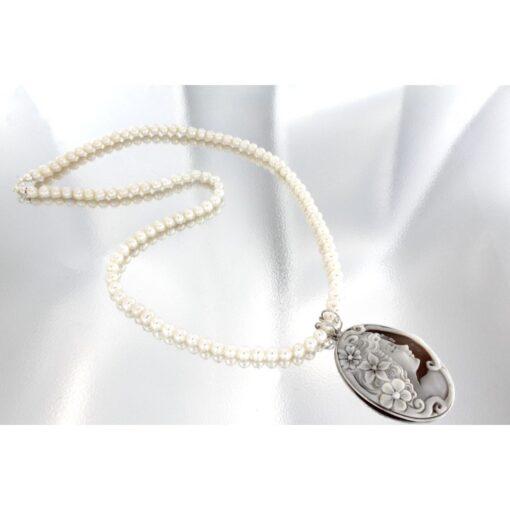 Collana con perle e cammeo sardonica in argento 925%-0